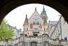 Слика на Дворците на Баварија  3НП  8-ми Март