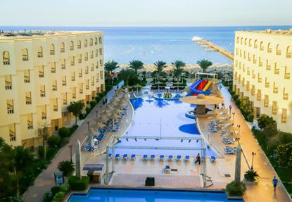 AMC Royal Resort