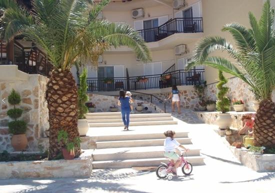 Слика на AMMOULIANI HOTEL 3* AMOULIANI
