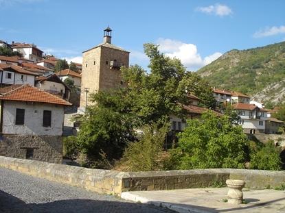 Слика на Кратово и Лесновски манастир